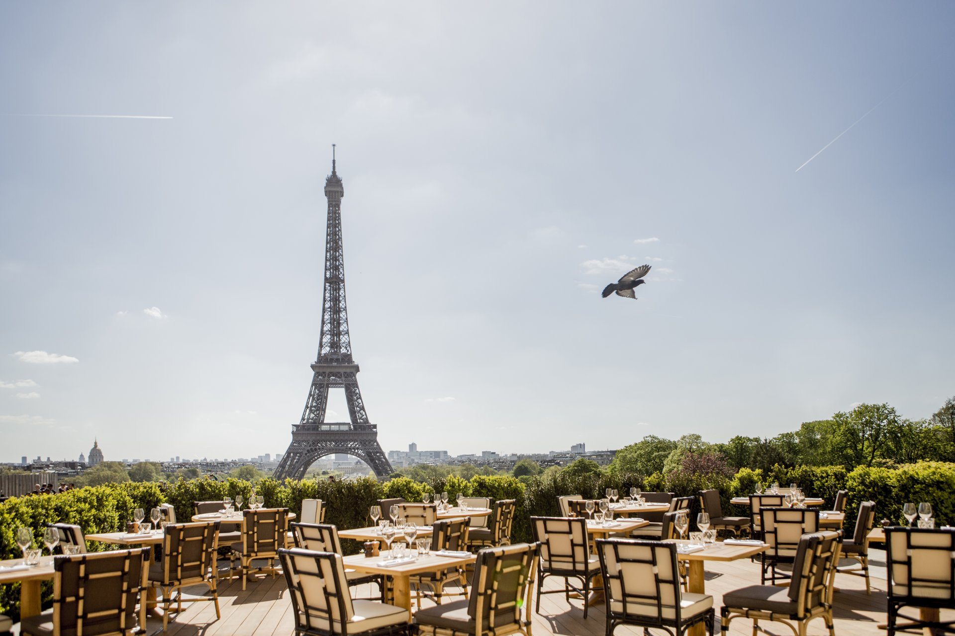 Best Paris Restaurants With A View Of The Eiffel Tower Insidr