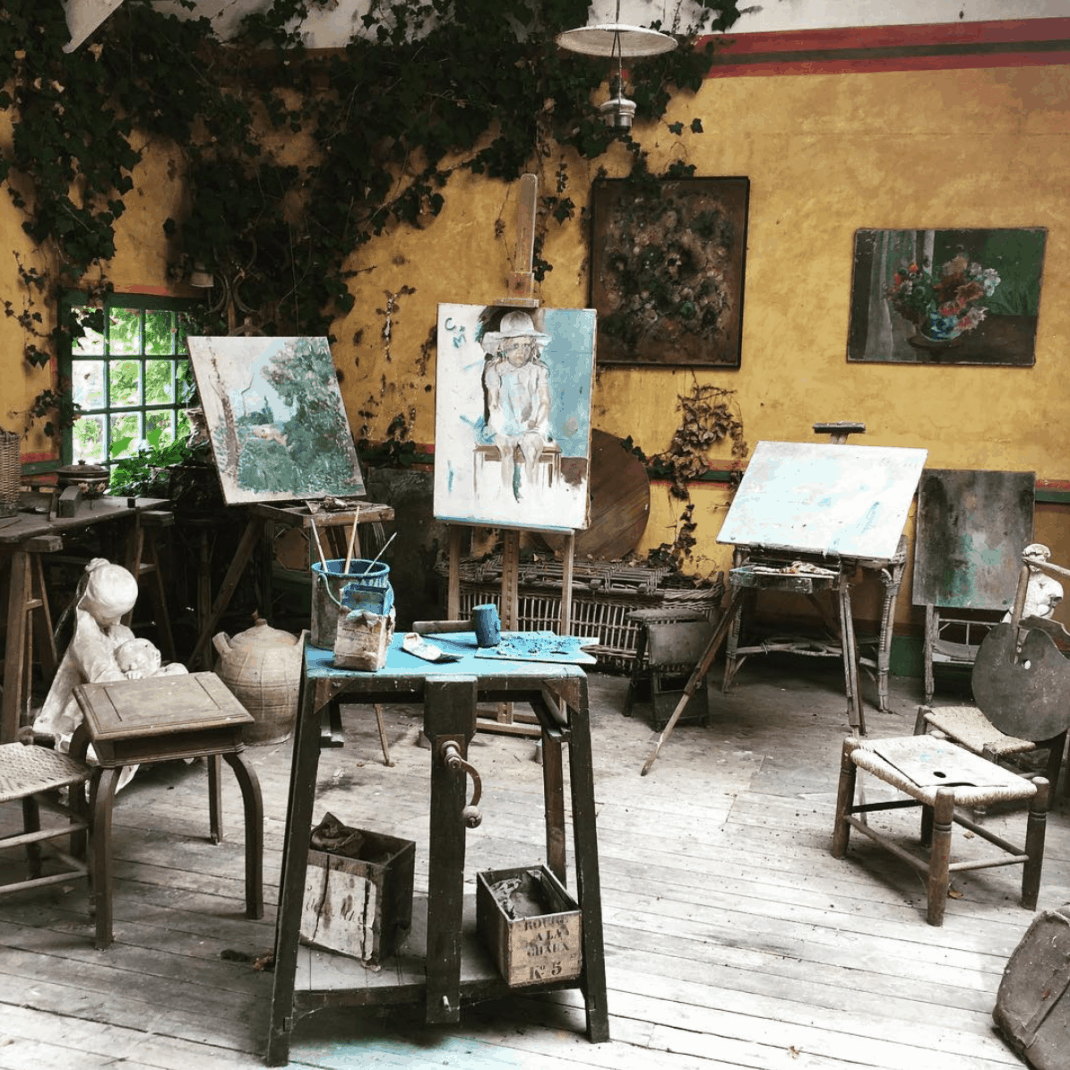 Paris To Giverny Day Trip - Hotel Baudy Artist Studio