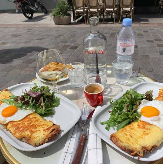 Must try foods in Paris - croque monsieur
