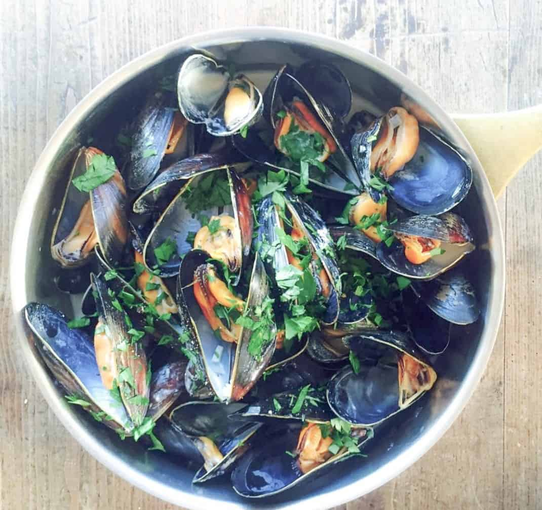 What To Eat In Brittany - Moules Mariniers