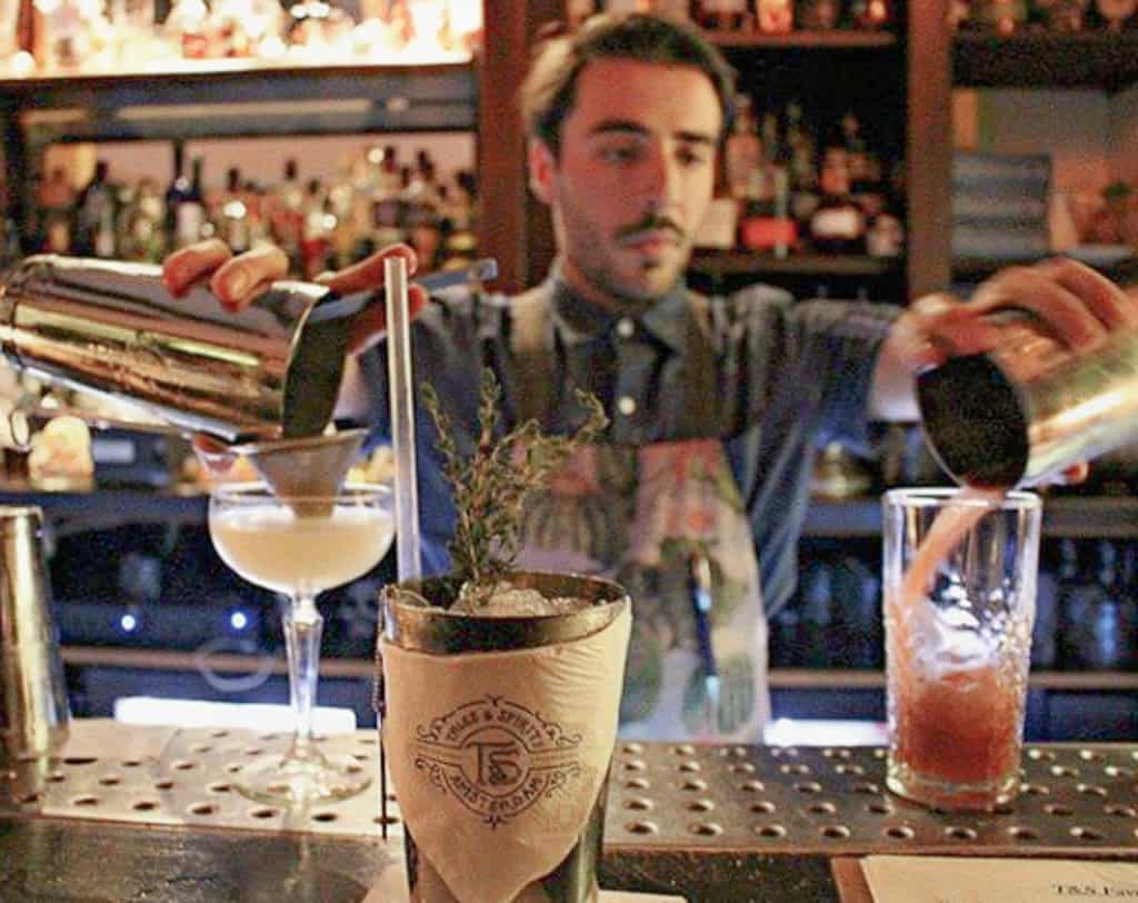 Best Cocktail Bars in Amsterdam : Guide of Where to Drink ...
