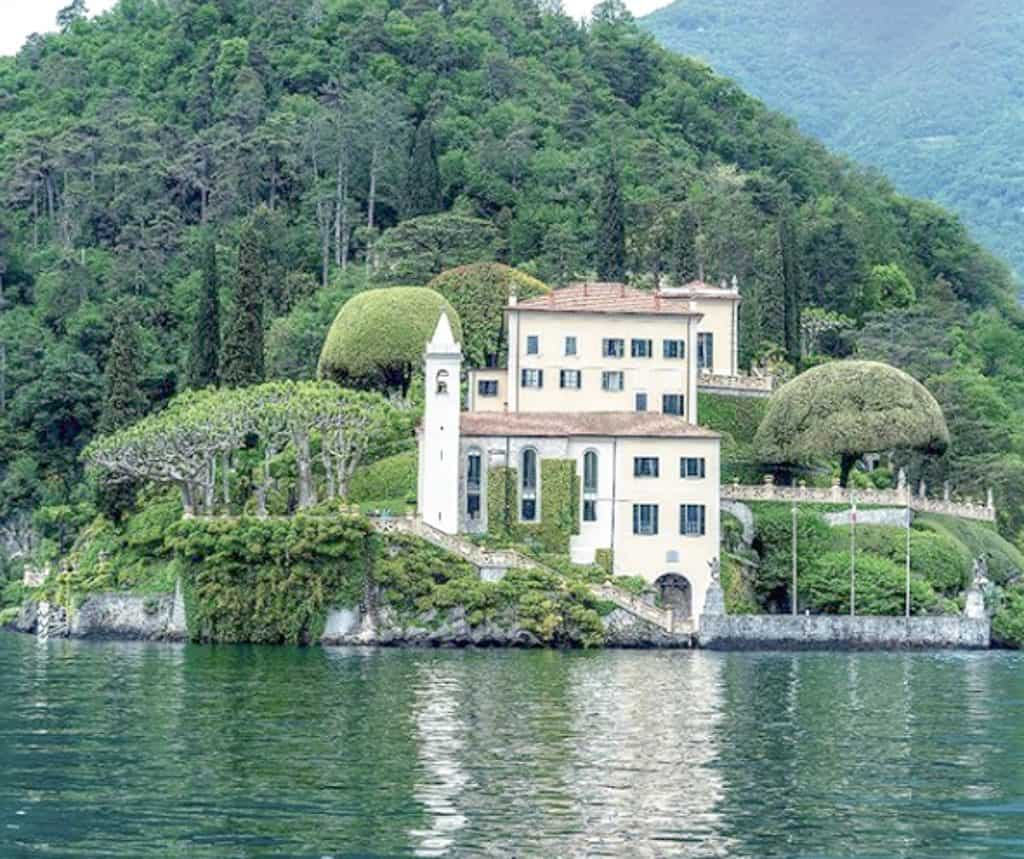Best Day Trips Outside Of Milan - Lak Como View