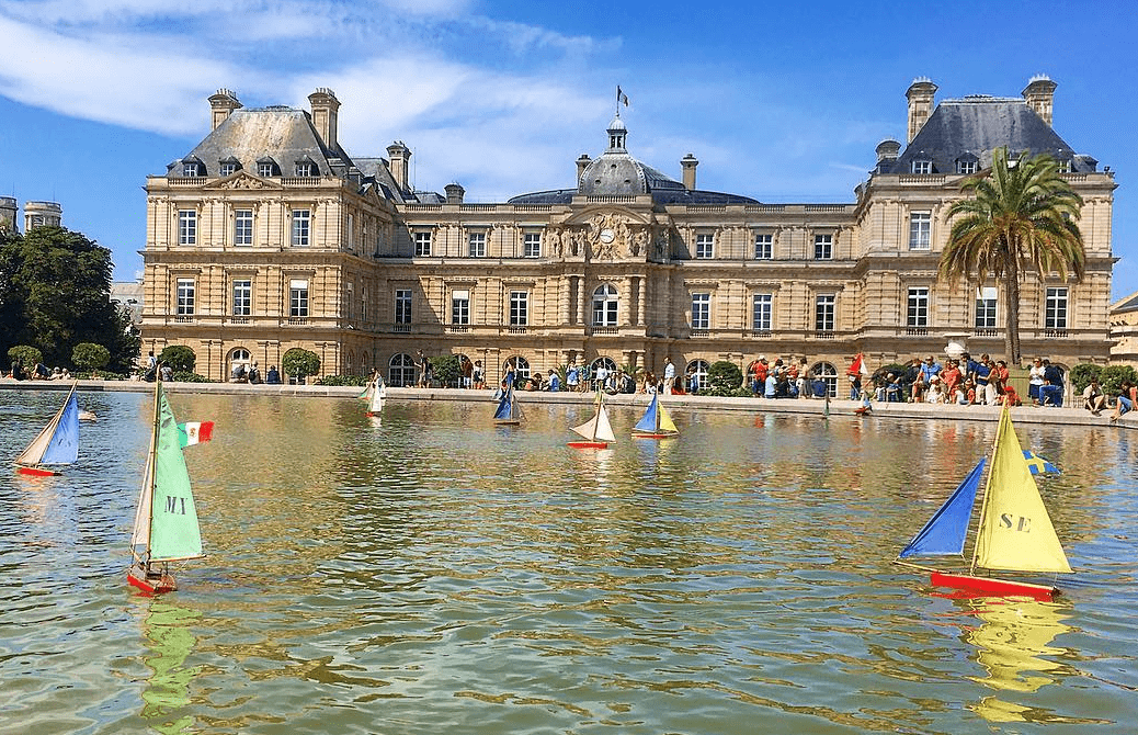 View of the jardin du luxembourg in Paris