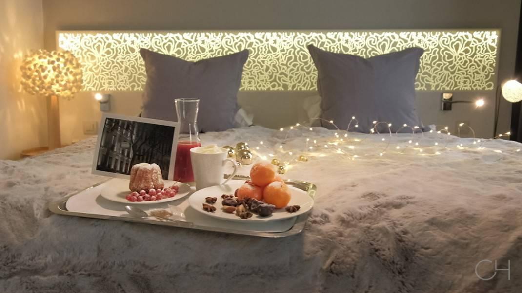hotel chavanel-christmas special teatime in room