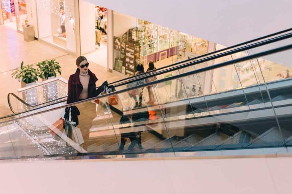 INSIDR Hacks For Paris Shopping Trip - Perfect Length In Paris For Shopping