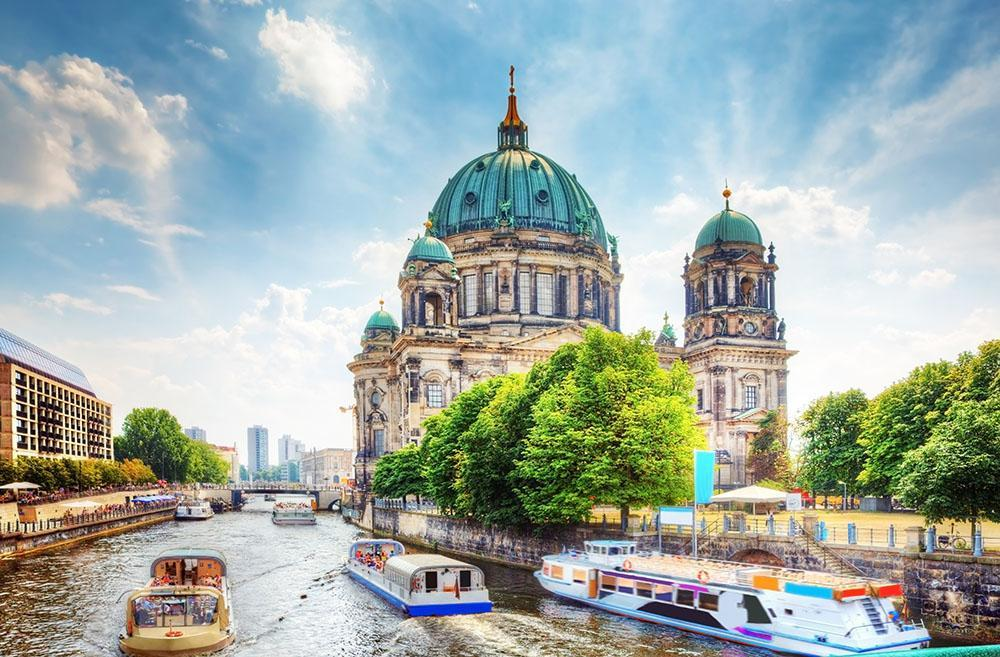 Attractions in Berlin - Berliner Dom