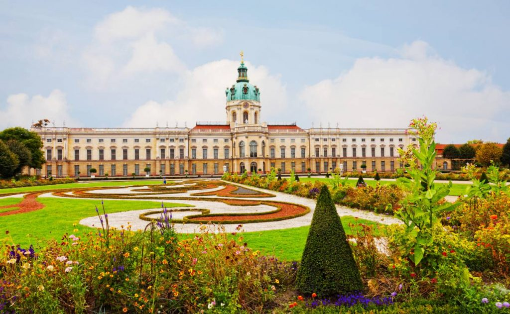 Attractions in Berlin - Schloss Charlottenburg (Charlottenburg Palace)