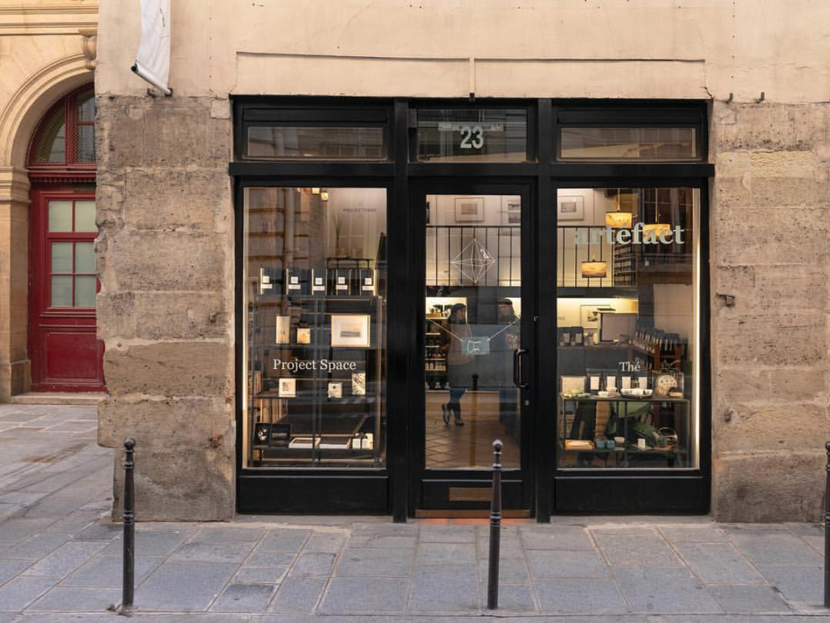 artéfact paris in le marais