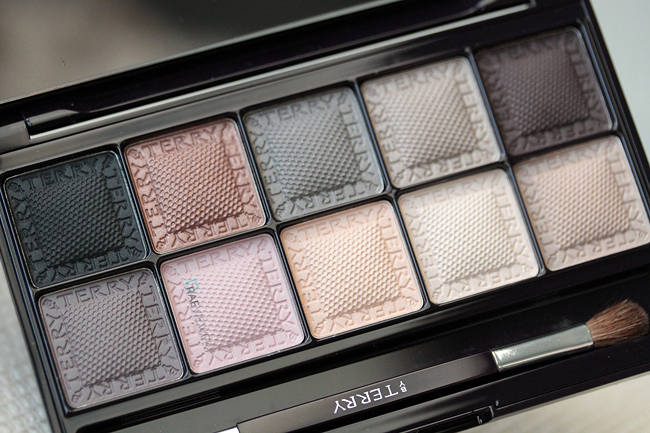 By Terry's eyeshadow palette
