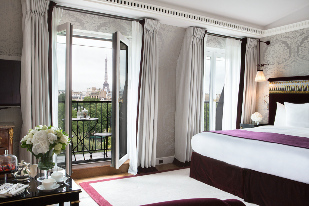 La Reserve Suite with Eiffel Tower view