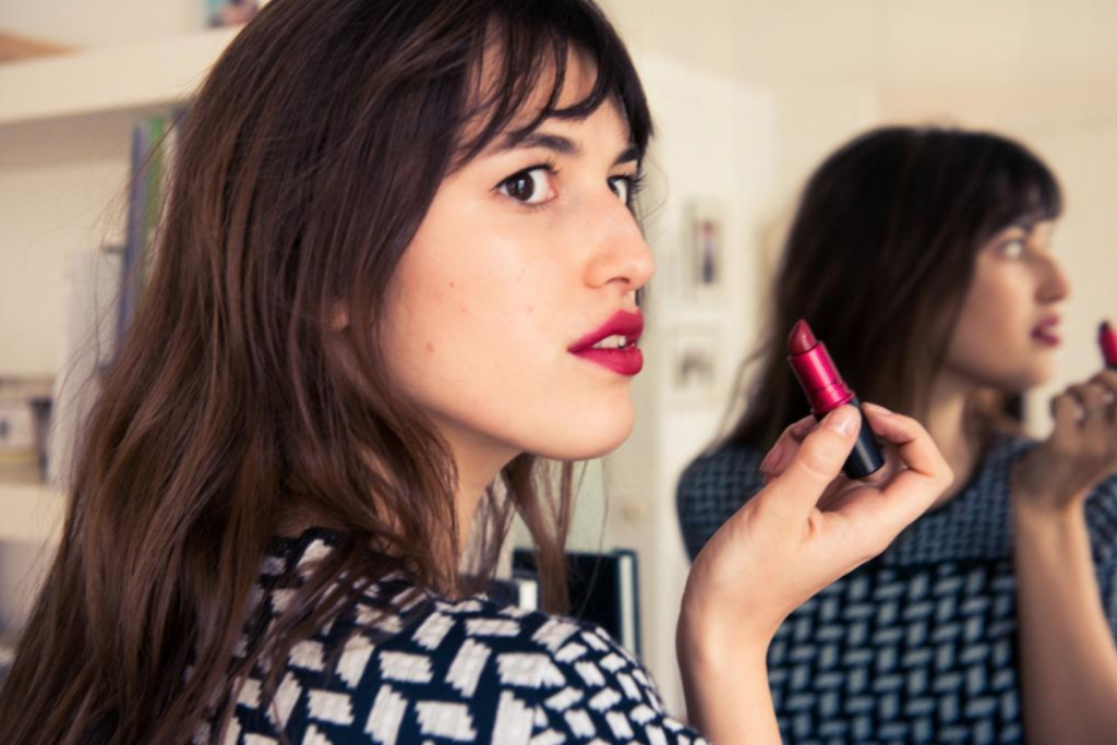 French Makeup Secrets - Red Lipstick