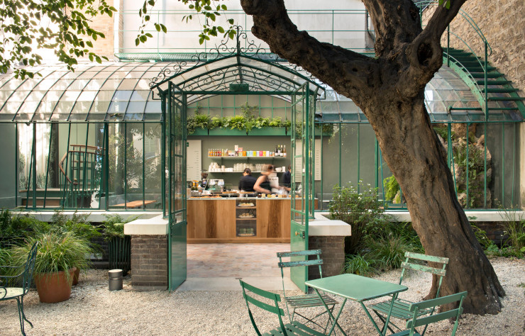 cafe de la vie romantique - Free Museums in Paris