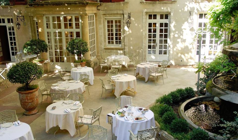 Hotel d'Europe courtyard in Avignon, France