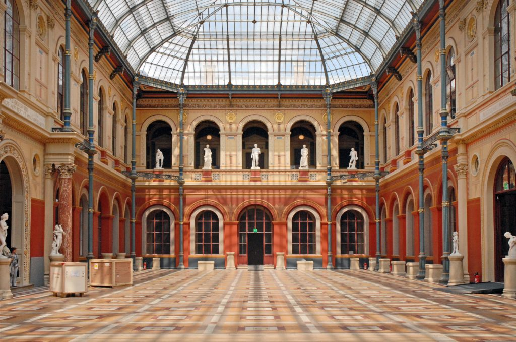 Cour Vitrée at the school of Fine Arts in Paris