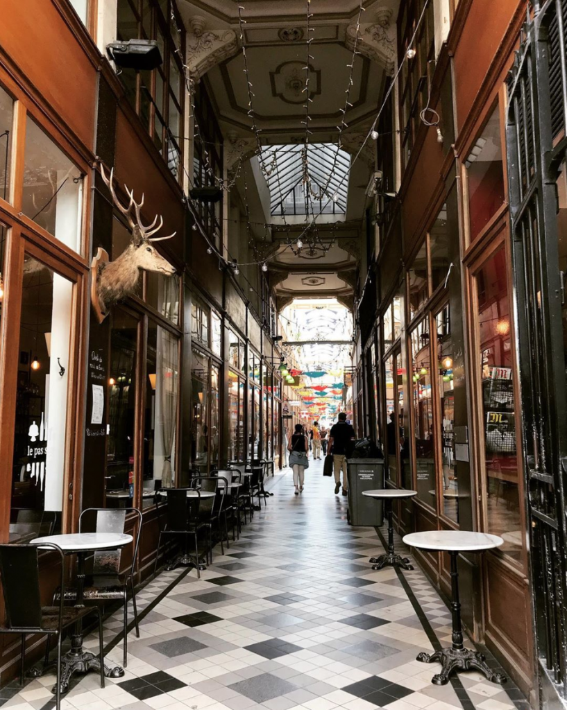 Le Passage du Grand Cerf in Paris