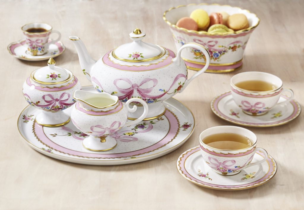 Laure Seilgnac porcelain - Marie Antoinette collection