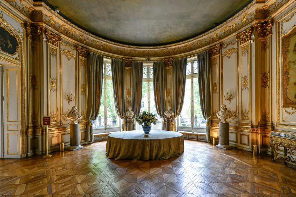 inside Musee Jacquemart Andre