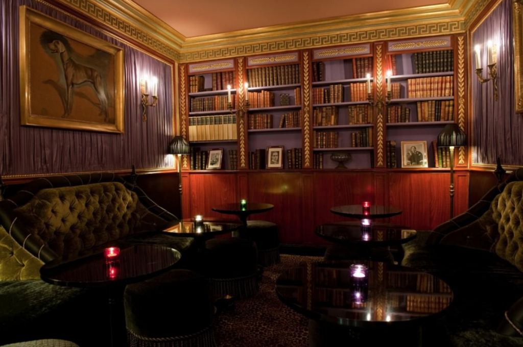 The bar at LHôtel Hotel in Paris