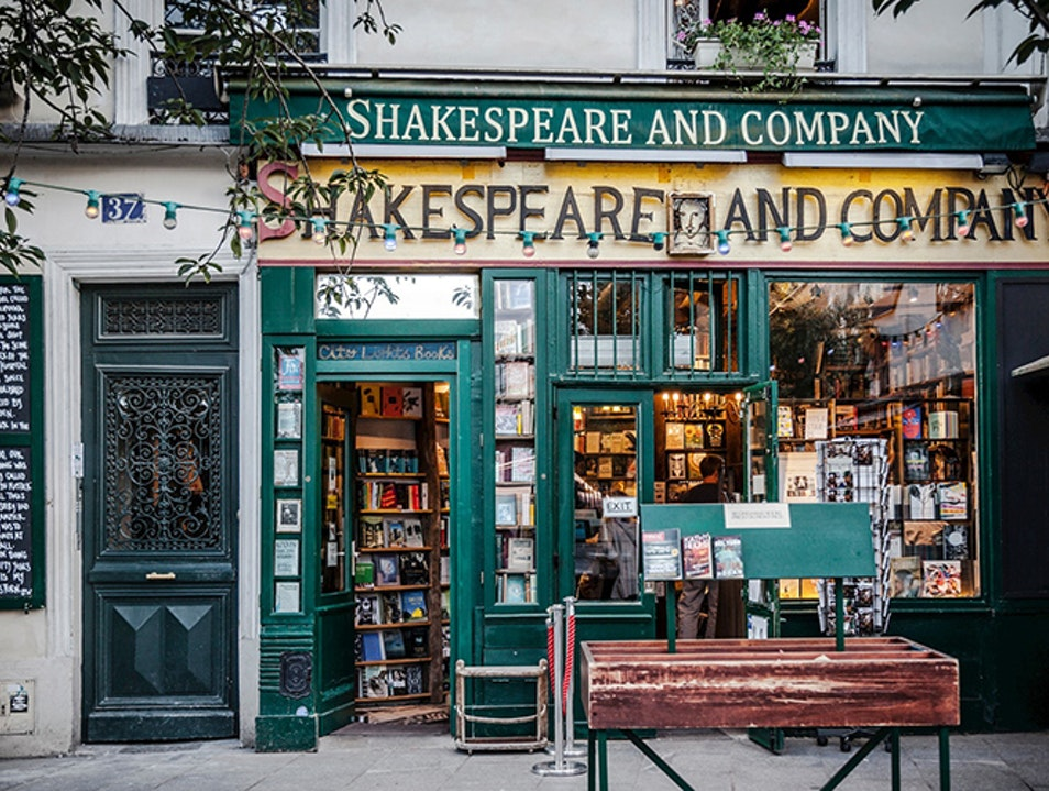 shakespeare & co store